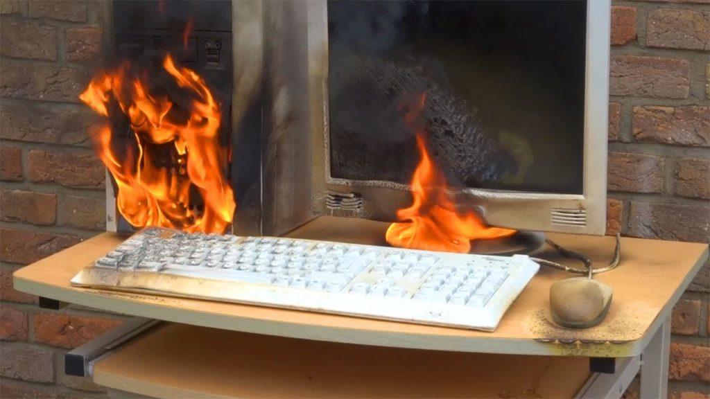 computer brennt