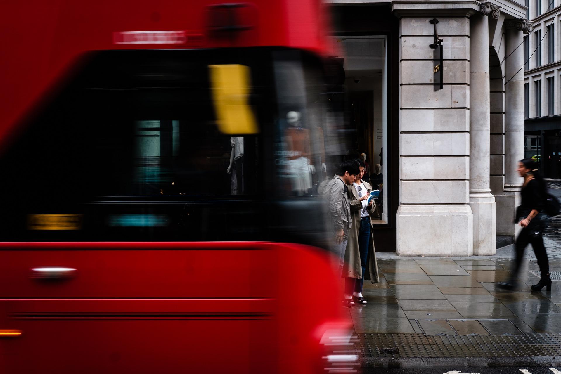 Darf man in einem leeren Bus masturbieren?